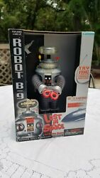 Lost In Space The Classic Series 1997 Trendmasters Electronic Robot B 9 B9 New