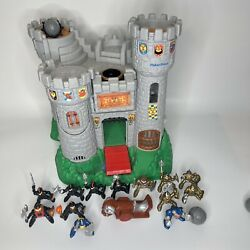 1994 Fisher Price Great Adventures Castle W/ 13 Knights Gold Black Blue Cannon