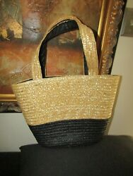 NEIMAN MARCUS Summer Straw Beach Bag Tote Black amp; Natural NEW NEVER USED SALE $14.50