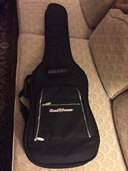 Road Runner Padded Bass Gig Bag Black Excellent Condition