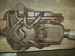 Up To 4 Well Windmill Pipe Pump Puller Vise Cast Iron Antique Farm Tool