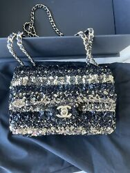 Authentic Chanel Cruise 2019 Gold And Black Sequin Flapbag $5300 $3650.00