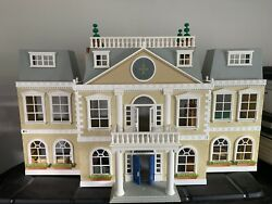 Calico Critters Cloverleaf Manor Mansion