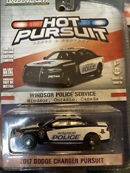 Hot Pursuit 2017 Dodge Charger Windsor Police Ontario Canada Greenlight Vhtf