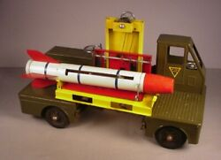 1950and039s Nylint Army Missile Carrier Truck Pressed Steel Metal Toy Ny-lint Vintage