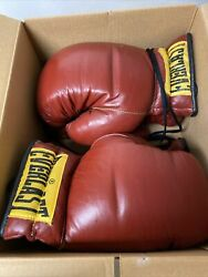 Vtg 2 Pairs Nos Everlast Boxing Gloves Excellent Condition In Box, 2716, 16 Oz