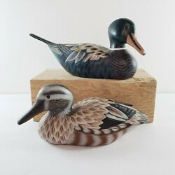 2 Wooden Ducks Hand Carved Painted Mini Decoy Rustic Cabin Hunting Nature Bird