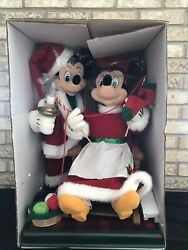 Disney 1997 Telco Christmas Mickey And Minnie Motionette Knitting Rocking Animated