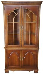 Stanley Furniture Vintage Chippendale Cherry Corner Display Cabinet China Curio