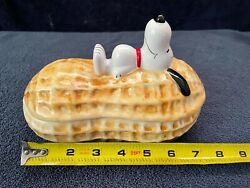 """Vintage 70's """"snoopy On A Peanut"""" Ceramic Candy Dish Good Condition"""