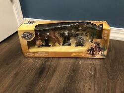 True Heroes Wild West Wagon Horse Sheriff Bandit Toy Set Toys R Us