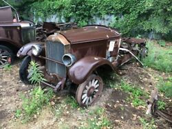 1928 Buick Parts Car With Complete Drive Line