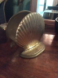 """Vintage Brass Bookends, Shell Design, 4.25""""x5"""""""