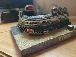 Chicago Cubs Wrigley Field Sport Collectors Platinum Edition Limited