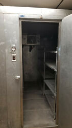 Walk In Freezer 5and039 Wide X10and039 Length X7and039 High Inside Dimensions