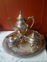 Wm Rogers Silver Plated Coffee Pot Set W/serving Plate