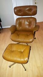 Plycraft Vintage Lounge Chair And Ottoman