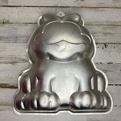 Wilton 1978 Garfield Cat Cake Pan Baking Mold United feature syndicate #502 9403