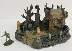 Hawthorne Village Lighted Mummy's Tomb Halloween House Universal Monsters New