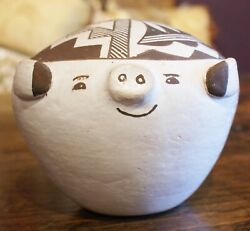 Marie Zieu Chino 1907-1982 Acoma Pueblo Large And Unusual Pottery Pig Figure