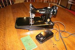 Antique Featherweight Singer Sewing Machine 221 Scroll Pattern With Case And Book