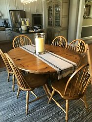 Ethan Allen Farmhouse Pine Collection, Dining Table, 6 Chairs, Two 15 Leaves