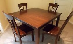 Custom Made Traditional Style Solid Wood Dining Table And Chairs Set