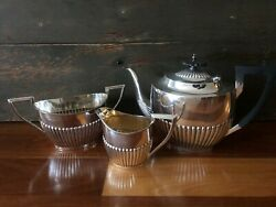 1902/03 Three Piece Sterling Silver Tea Service - Walker And Hall, 1078g