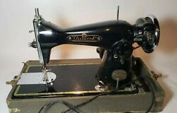 Antique Fleetwood Deluxe Sewing Machine Embroidery Silk Precision Working Japan