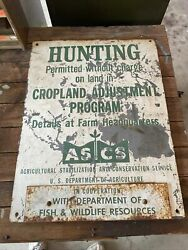 Vintage Hunting Department Of Fish And Wildlife Resources Original Sign