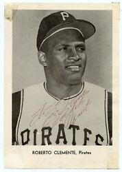 Roberto Clemente Signed 1960and039s Jay Pub Picture Pack Photo Pirates Hof Psa/dna