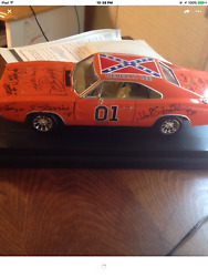 General Lee Signed By 8 Psa/dna Dukes Of Hazzard - Ertl 116. Pick Up Only