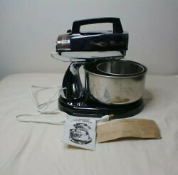 Vintage Dormeyer 10 Speed Deluxe 250 Standing And Hand Held Mixer W/2 Bowls Works