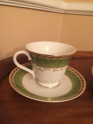 Royal Albert Old Country Roses Seasons Of Color Holiday 2 Tea Cups And Saucers