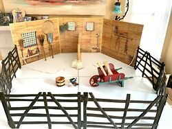 Mint Complete 1st Version Felicity's Colonial Stable Set, American Girl 2005-06