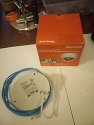 Honeywell Performance Series Dome Security Camera H4d3prv2 Poe Ip Night Vision