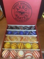 25 Akro Agate - Shoot Straight As A Kro Flies 1 Shooter Marbles In Box Repro