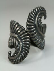 Vintage Signed Taxco Mexico Sterling Silver Hinge Cuff Bypass Clamper Bracelet
