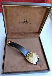 Near Mint 18k Solid Gold Vintage Zenith 28800 Automatic Watch All Original Boxed