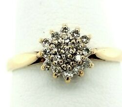 9k Yellow Gold .20 Tcw Flower Style German Ring Size- 7 1.9 Grams