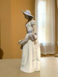9 Lladro Woman Figurine, Standing Holding Cloth Of Flowers, 1 Missing Hand