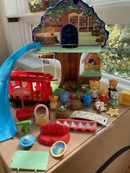 Daniel Tiger Treehouse, Trolley And Figures - Near Complete