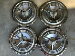 1959 Oldsmobile Deluxe Spinner Hubcaps, Nice Set Of Four 14 Caps