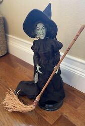 Wizard Of Oz Timeless Treasures Porcelain Doll Statue - Wicked Witch.