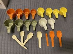 Vintage Tupperware Measuring Spoons And Cups Replacement 21 Pieces Orange Green +