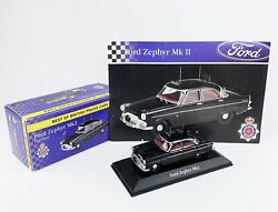 Atlas Editions, Best Of British Police Cars, Black Ford Zephyr Mk2 With Pamphlet