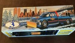 Sunoco 1996 Toy Tow Truck With Snow Plow With Original Box Great Condition