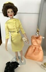 Franklin Mint Jackie Kennedy 16andrdquo Doll Wardrobe Trunk Set Doll+6 Outfits Accesso