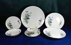 88-pce Set Or Less Of Beautiful Sone Pattern Son77 Japanese Fine China