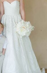 Wtoo Camilla Wedding Gown / Style 18836 / Color Ivory / Size 2